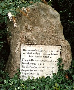 Burgthorfriedhof Lübeck, memorial to Franco-Prussian War.jpg